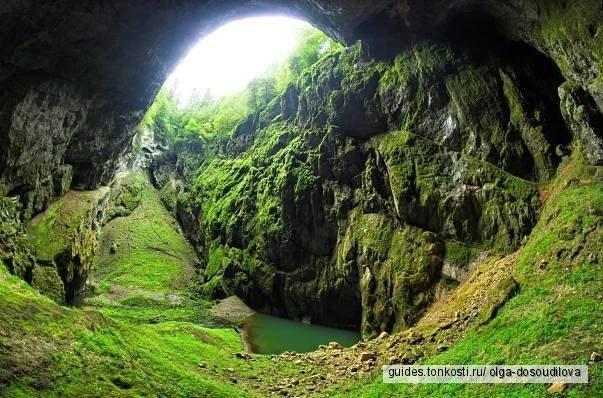 Из Праги в Брно, с посещением карстовой пещеры Мацоха