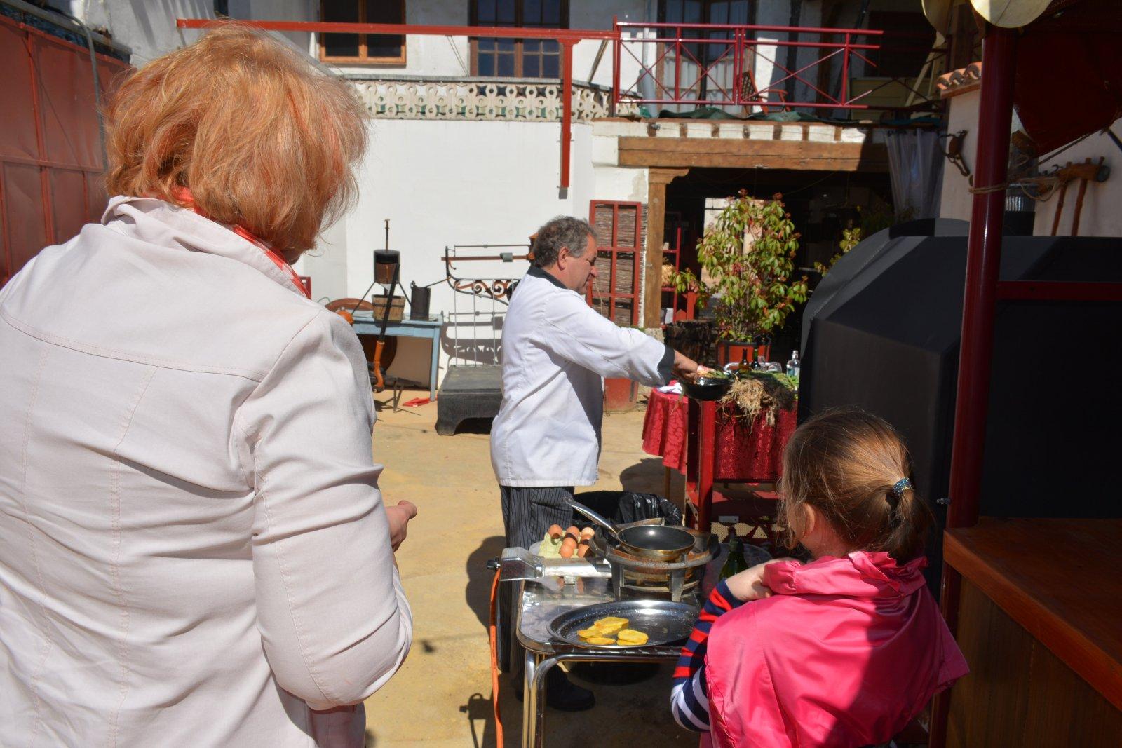 Индивидуальный тур на частную винодельню под Мадридом, мастер-класс по национальным испанским блюдам
