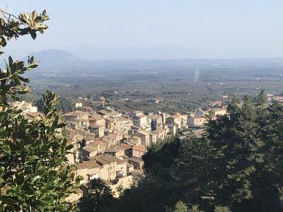 Витербо: город, где избирали Папу Римского или/и Капрарола, папская резиденция Фарнезе