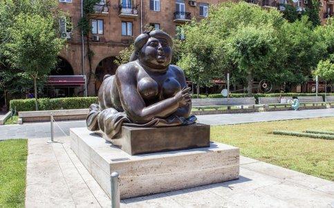 Два лица Еревана: от Конда до площади Республики