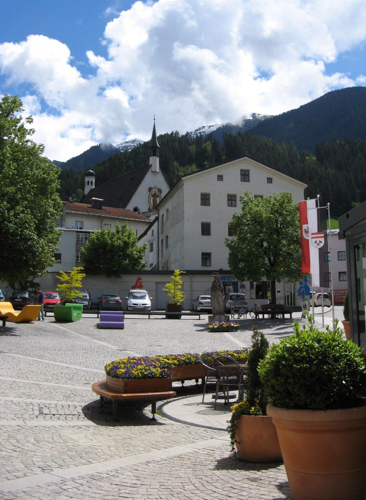 Город Швац из Инсбрука