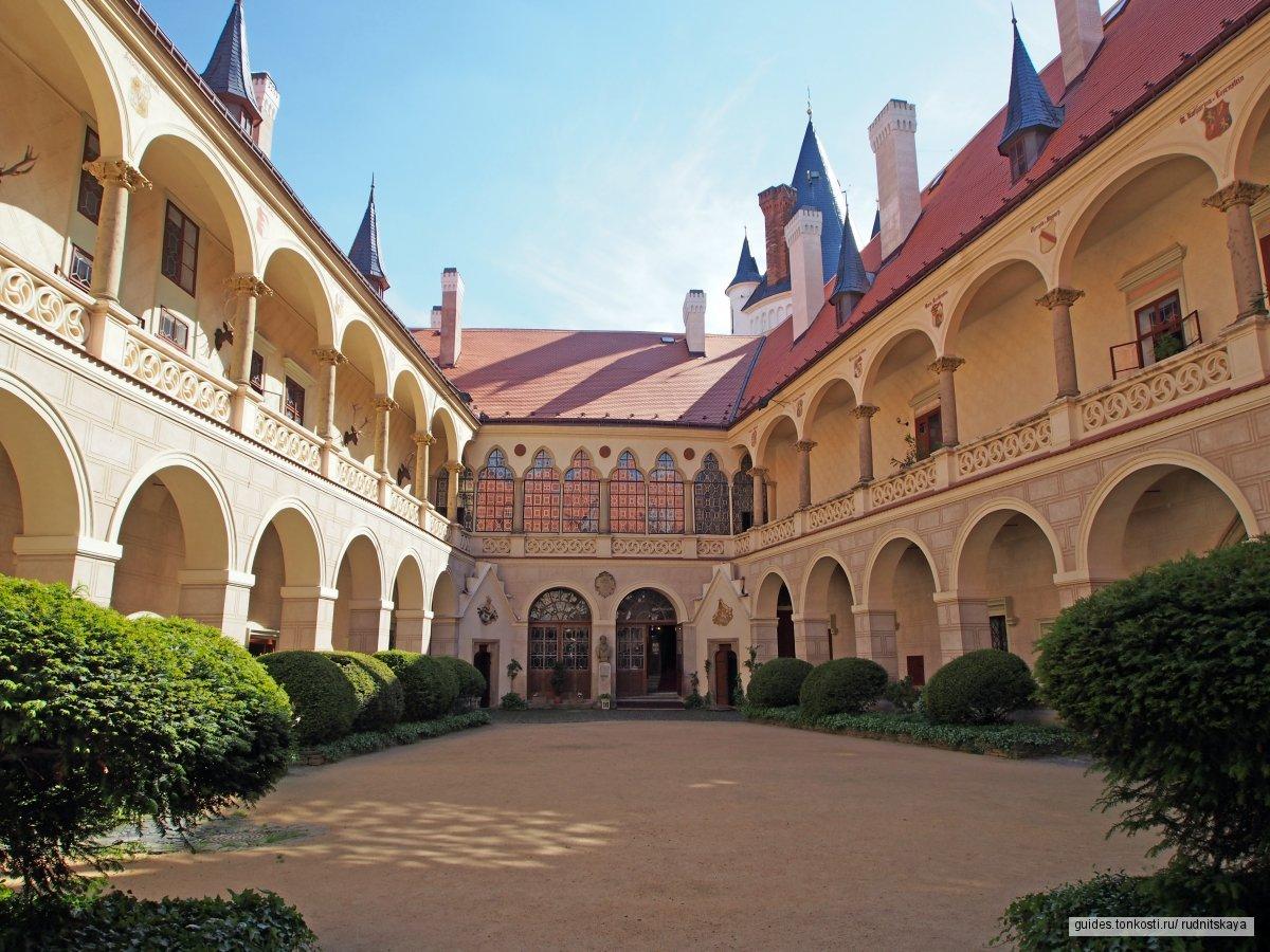Замок Жлебы — неоготическая крепость