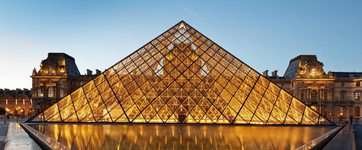 Лувр. Резиденция королей Франции. Музей