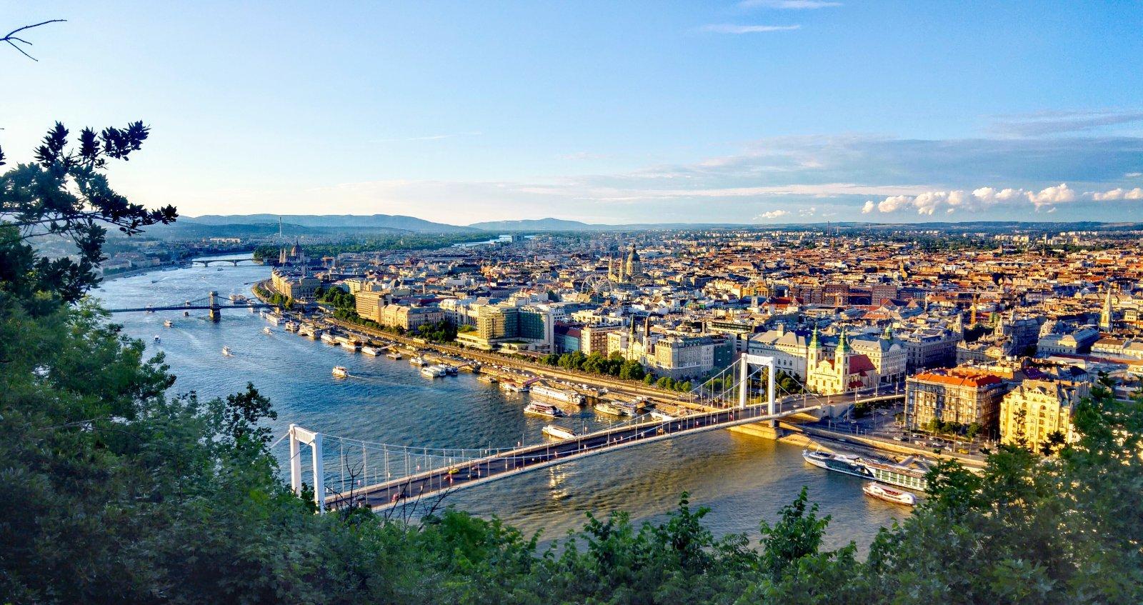 Знакомство с Будапештом — «жемчужиной Дуная» Классическая обзорная автомобильно-пешеходная экскурсия