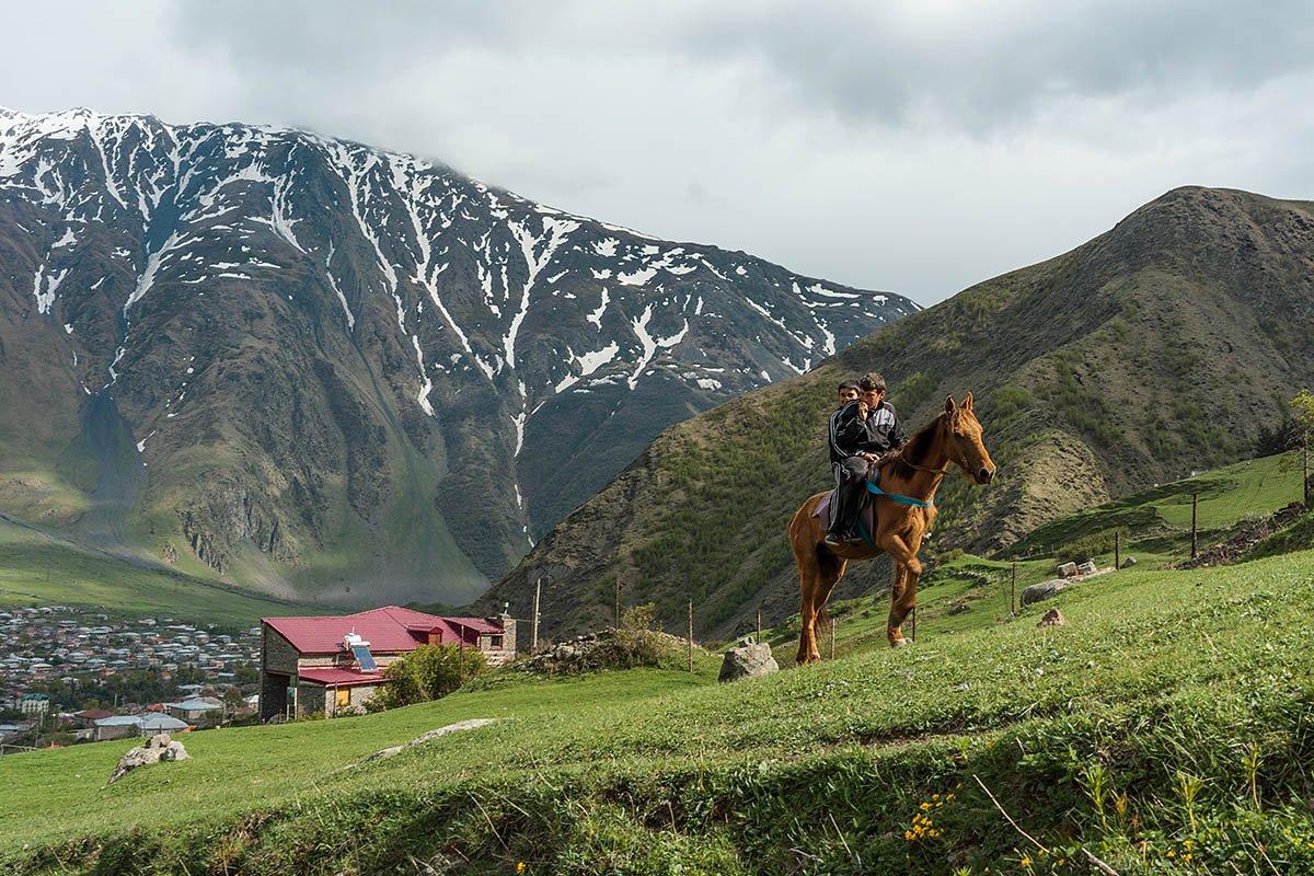 Тур в Казбеги. Путешествие в самое сердце Кавказского хребта