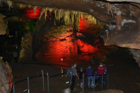 Имеретия, Сатаплия, пещера Прометея, монастырь Гелати, храм Баграта
