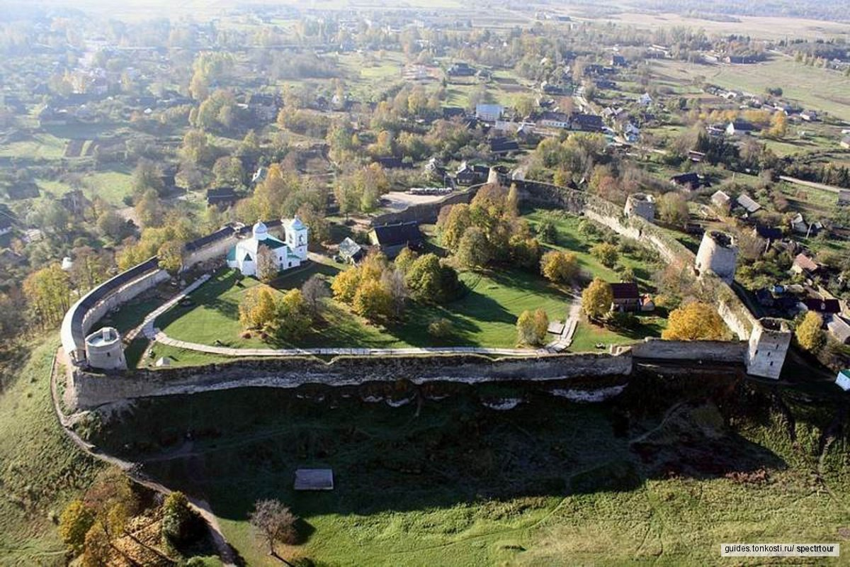 Псково-Печерский монастырь и Изборская крепость