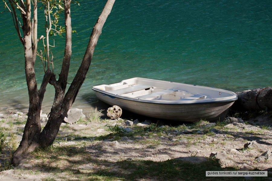 Алтын-Эмель — Чарын — Кольсайские озера — Каинды