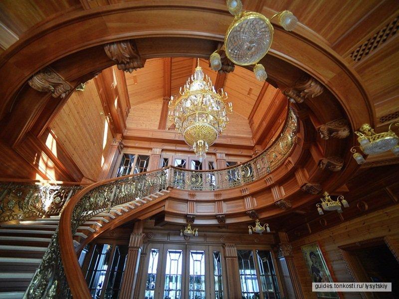 Межигорье — крупнейший музей коррупции в мире