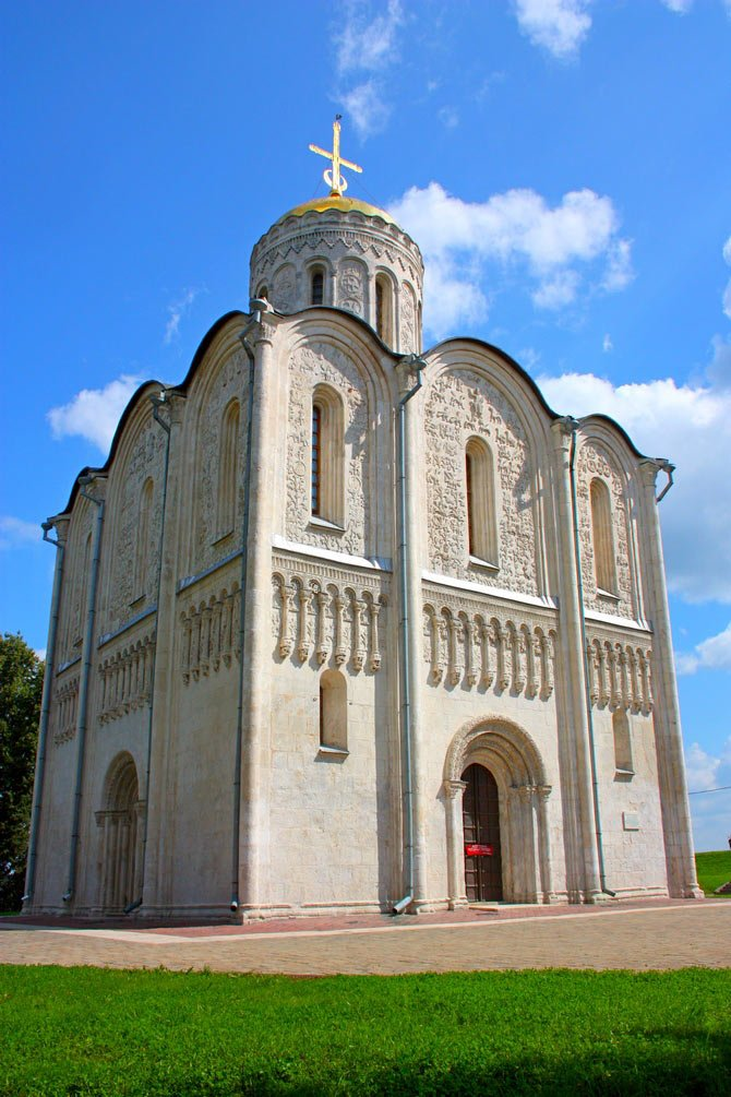 Владимир — город великих воспоминаний и чтимых святынь