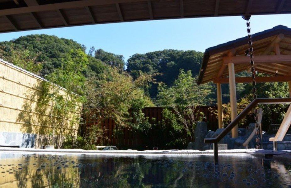 Гора Такао и посещение горячих источников