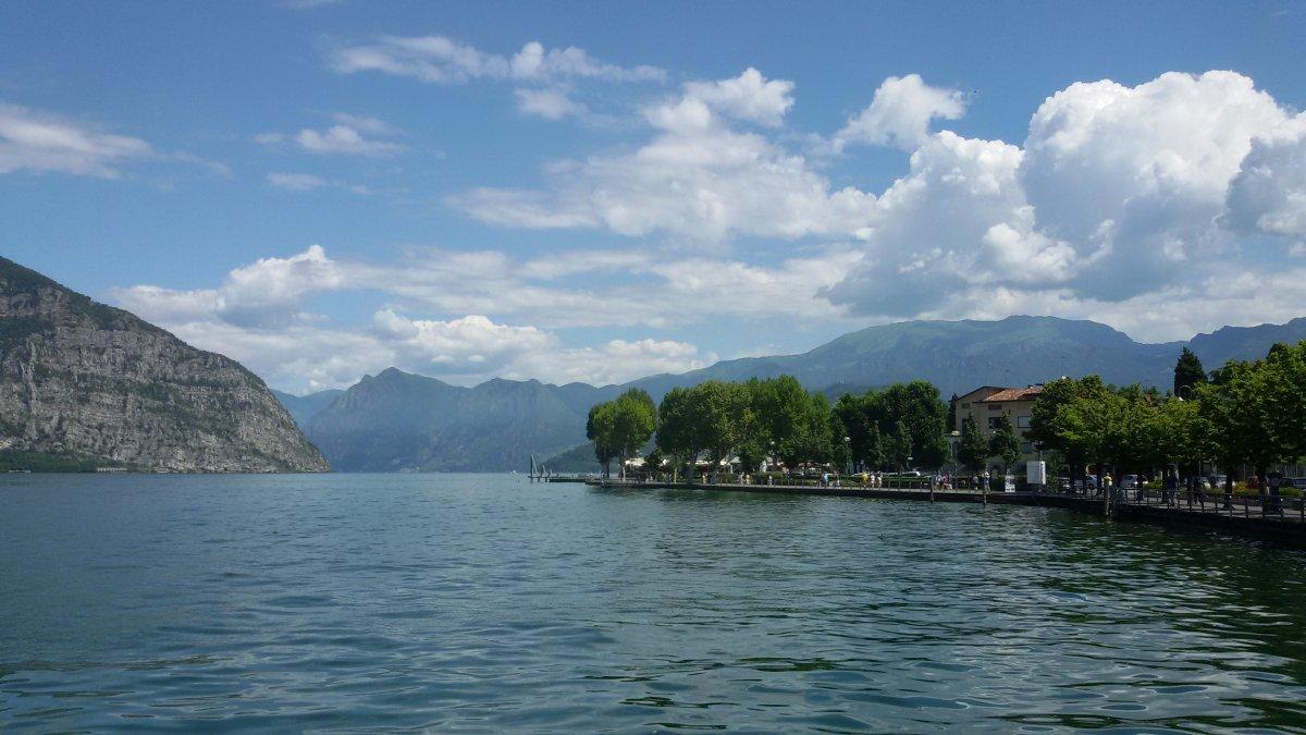 Франчакорта и озеро Изео: «игристое» путешествие