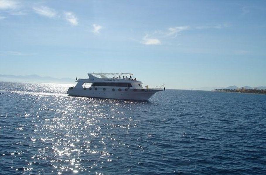 Пиратская яхта из Шарм-эль-Шейха