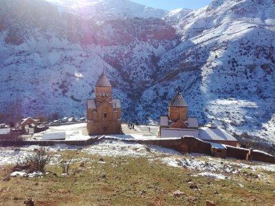 Обзорная: Хор Вирап — Арени (пещера, дегустация вина) — Нораванк — Татев + канатная дорога