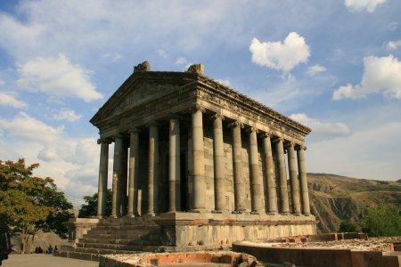 Храм Гарни. Монастырь Гегард