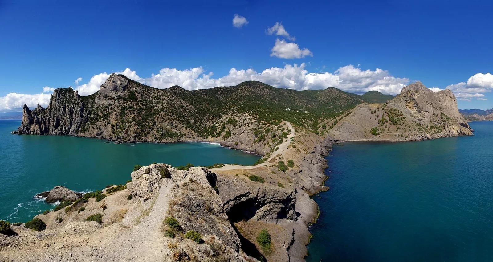 Вдоль моря к Новому Свету: многогранный Крым