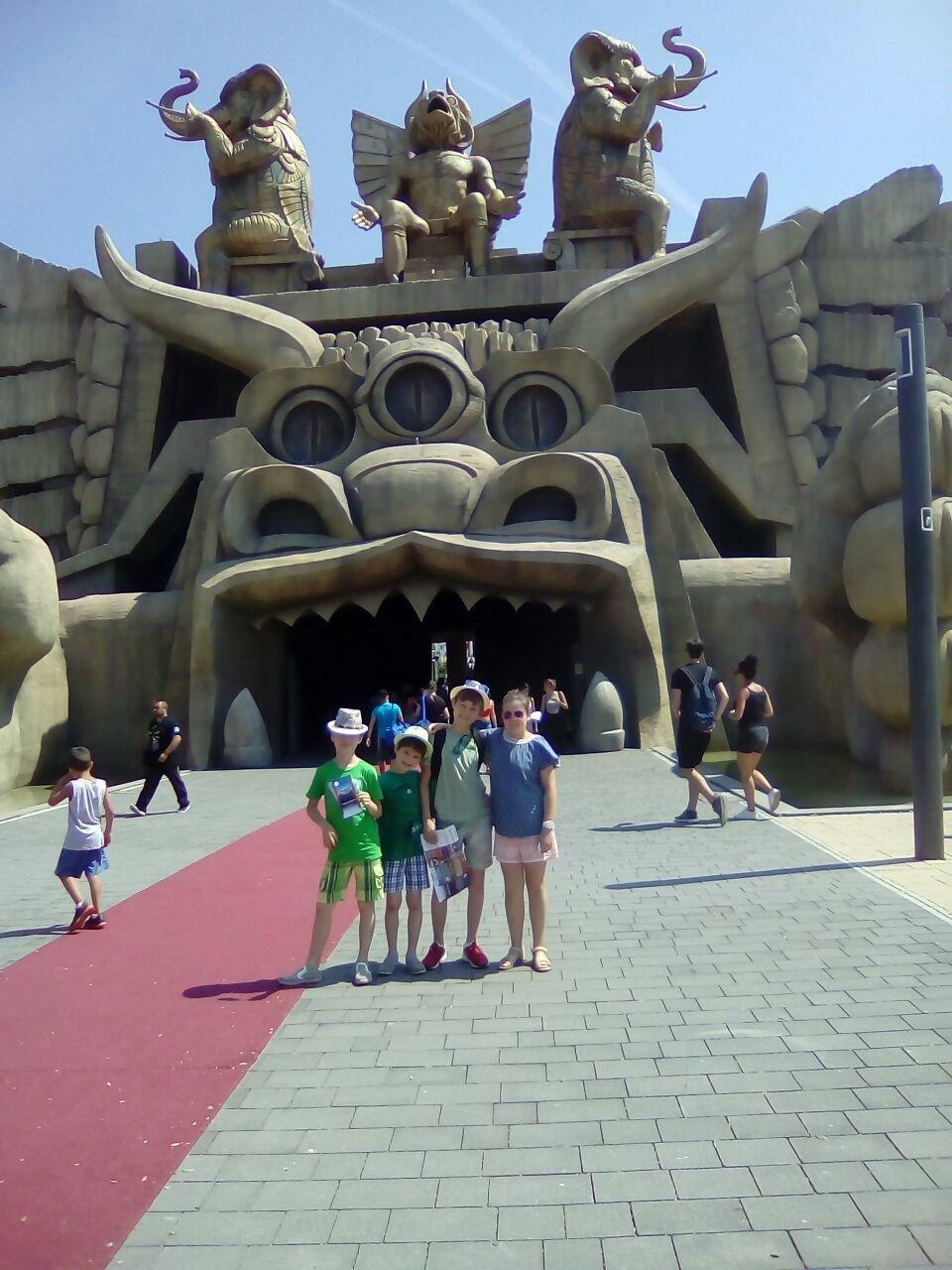 Поездка в парк развлечений Cinecitta World