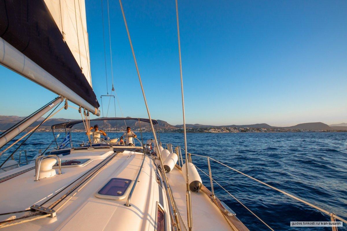 Романтический закат на яхте