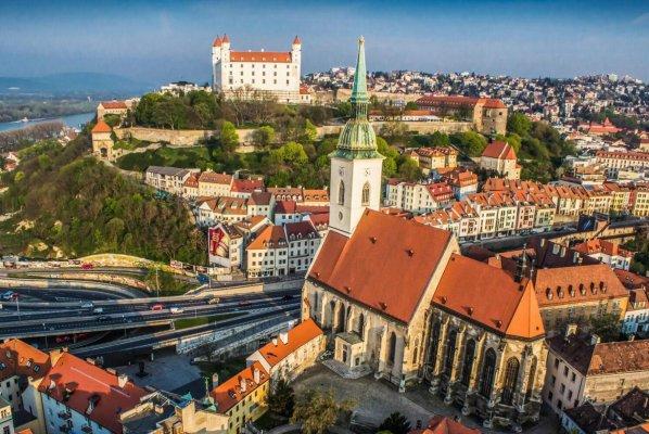 Один день в очаровательной столице Словакии — золотой Братиславе