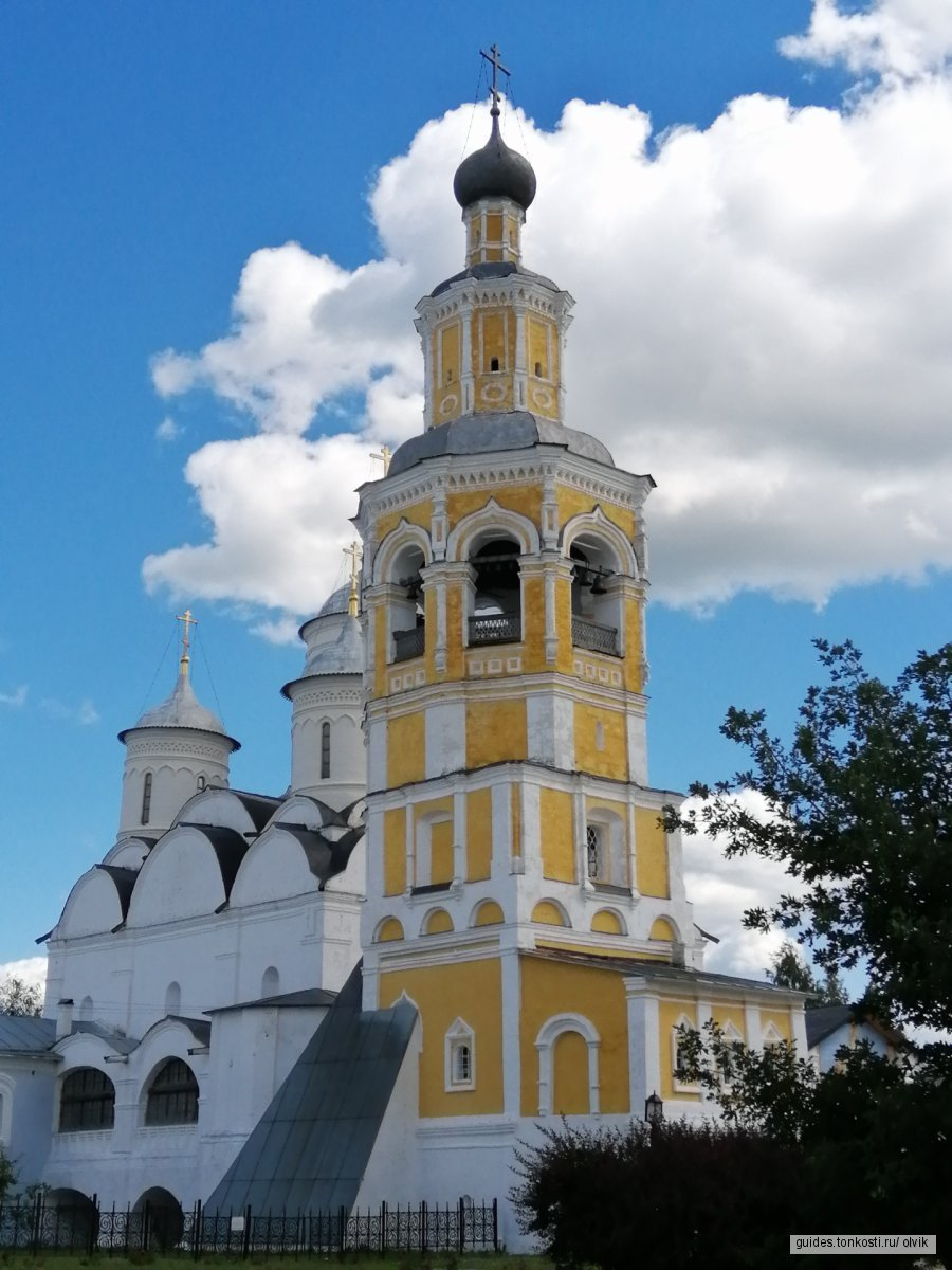 Обзорная экскурсия по Вологде на транспорте заказчика с посещением действующего монастыря