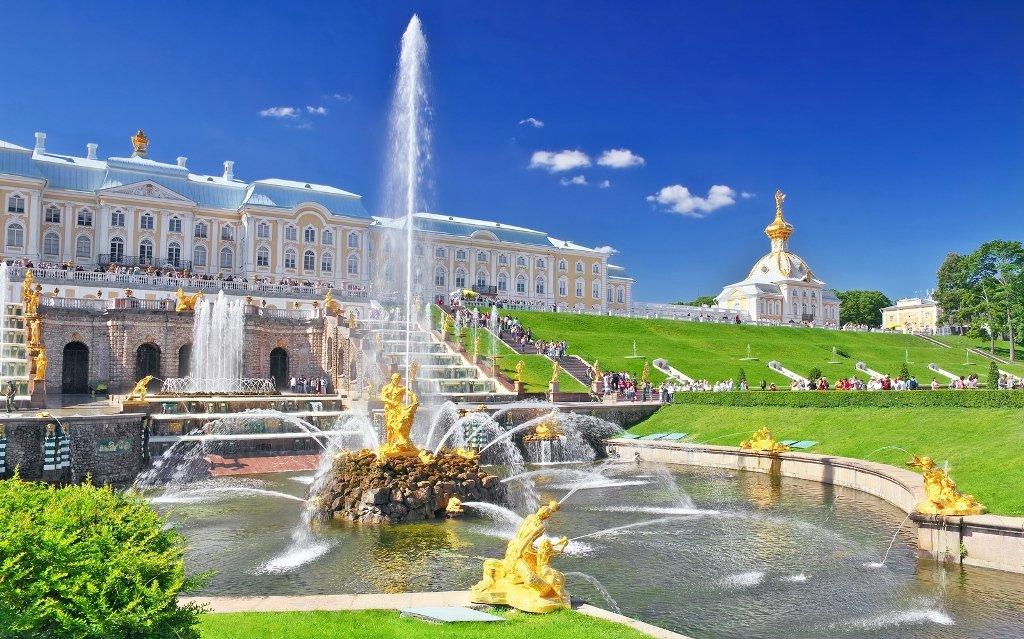 Петергоф — царство фонтанов