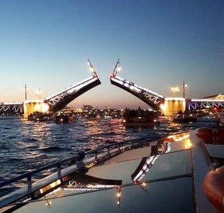 Ночной круиз «Весь Петербург» —Северные островаи Разведение мостов