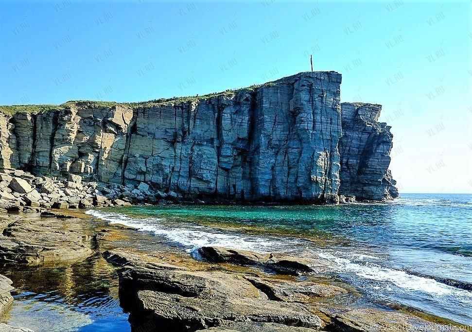 Остров Русский, полуостров Тобизина