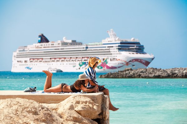 Бока-Которский залив для пассажиров круизного лайнера