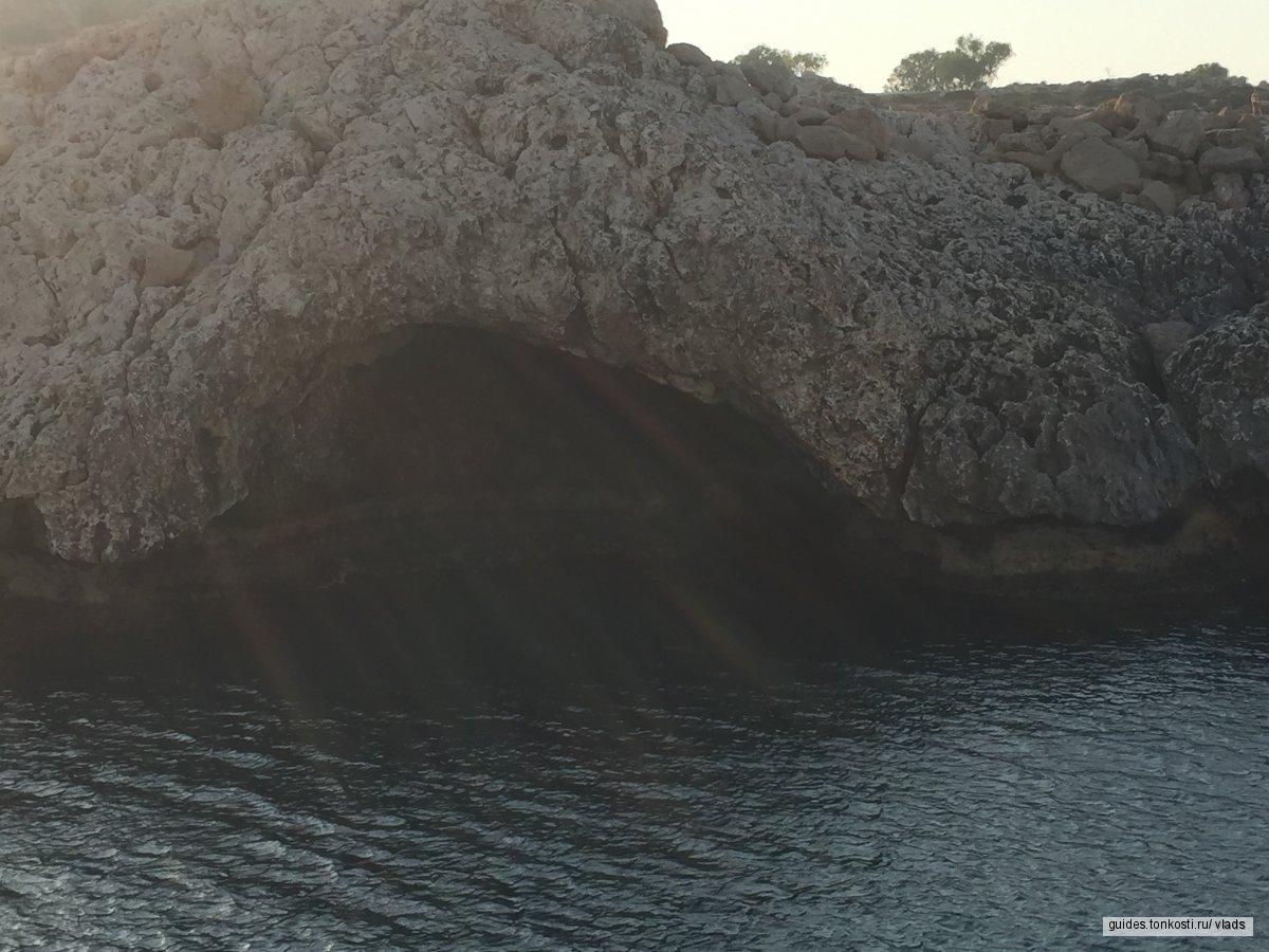 Афродита и море
