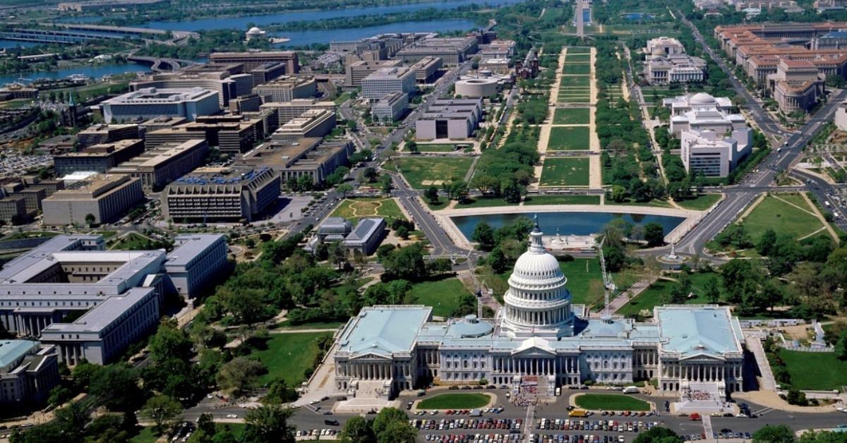 8.3.2. Двухдневный тур в Вашингтон из Нью-Йорка с посещением Филадельфии + посещение на выбор одну и