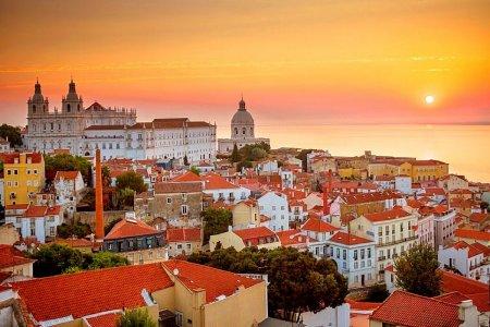 Лиссабон — город моря, солнца и цветов