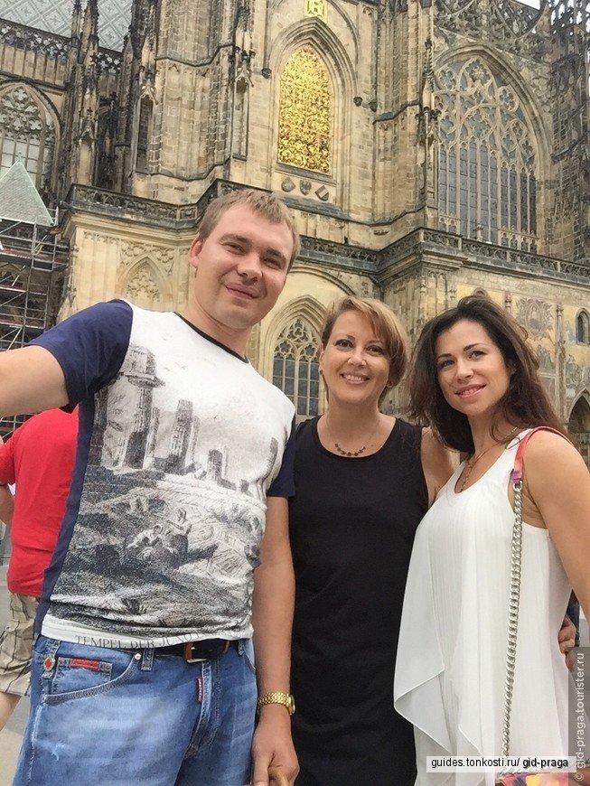 Автомобильно-пешеходная экскурсия по Праге на ретро-автомобиле на 2 или 3 часа
