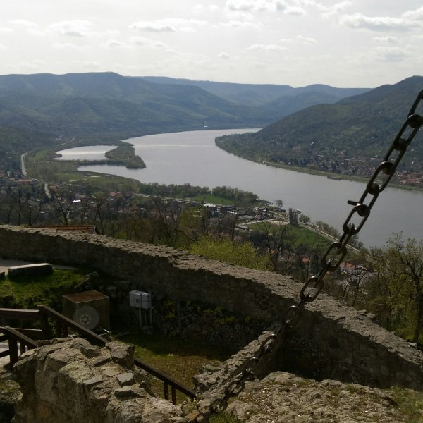 Три древних города живописной излучины голубого Дуная: Эстергом, Вишеград и Сентендре