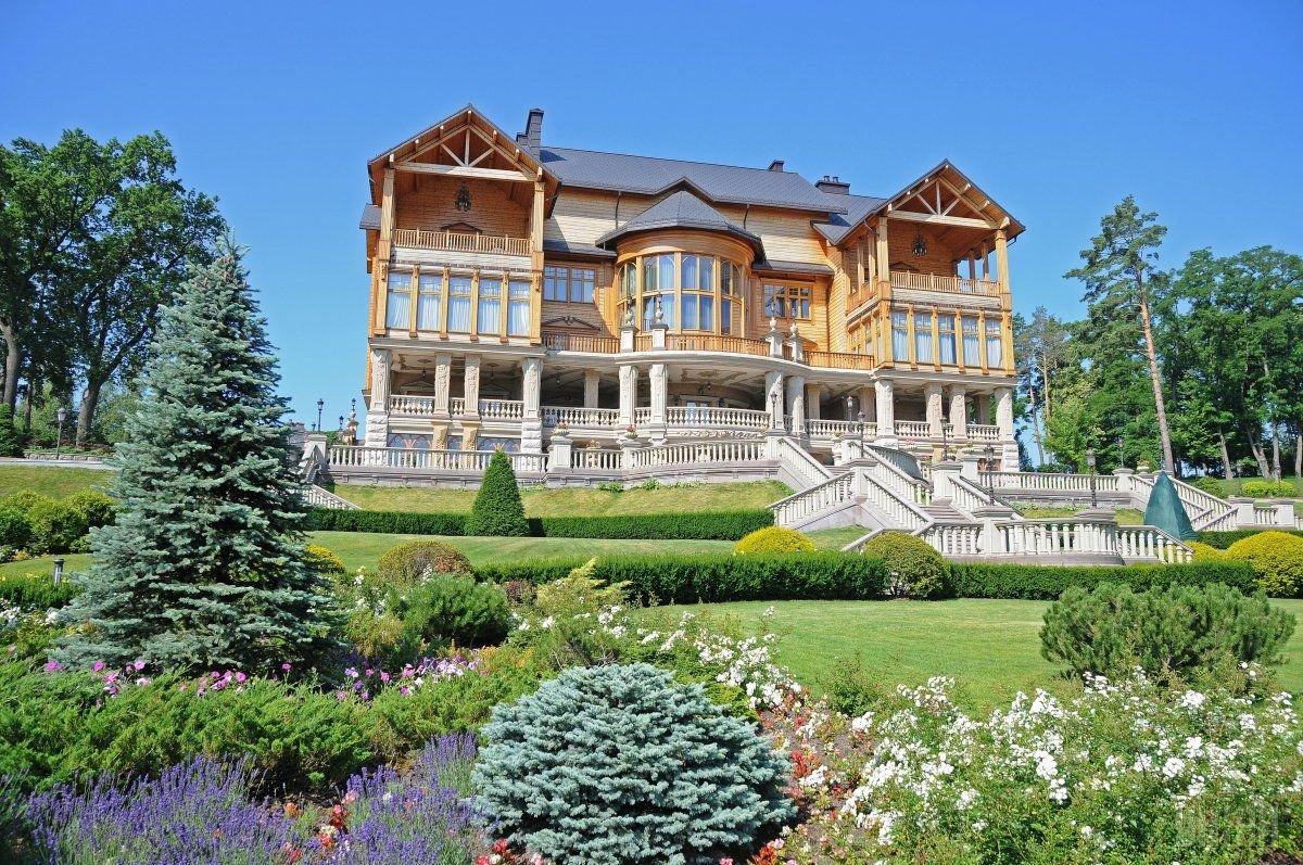 Межигорье — гранд-экскурсия по «украинскому Версалю»