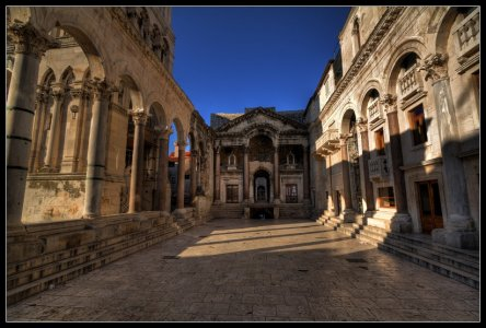 Сплит — город Диоклетиана, о котором рассказывал Гоша в «Москва слезам не верит»