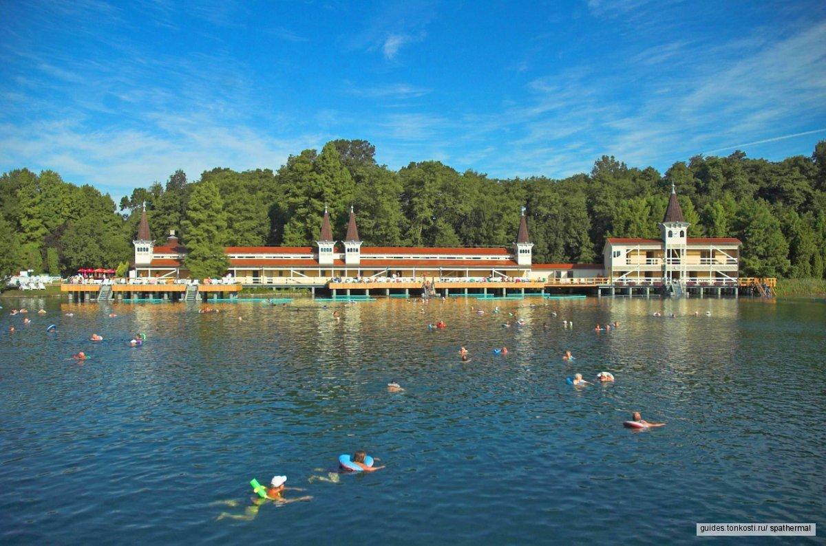 Увлекательный тур на озеро Балатон и посещение курорта Хевиз.