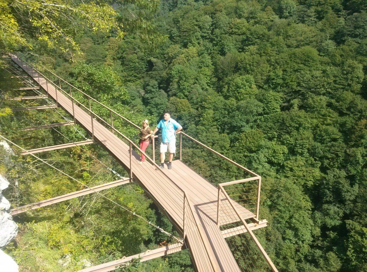 Каньон Окаце и водопады Кинчха