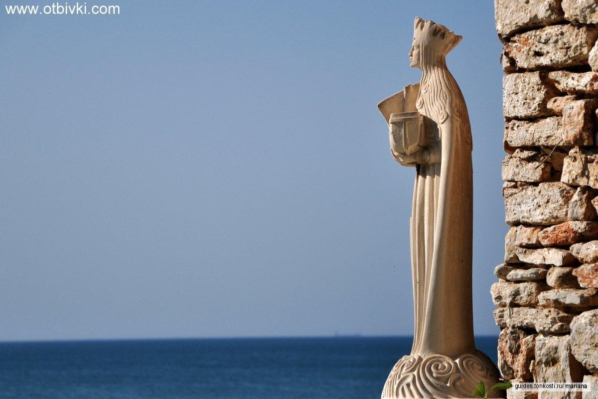 Тихое гнездо на Серебряном побережье