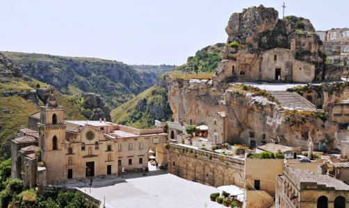 Матера — город Сасси и пещерные церкви (ЮНЕСКО)