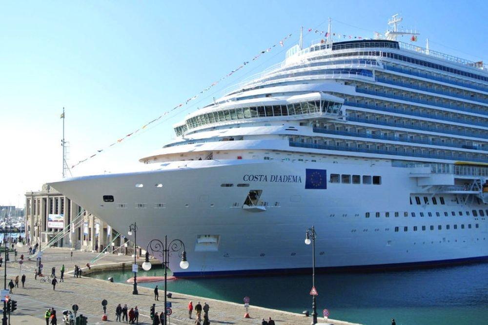 С корабля в Триест