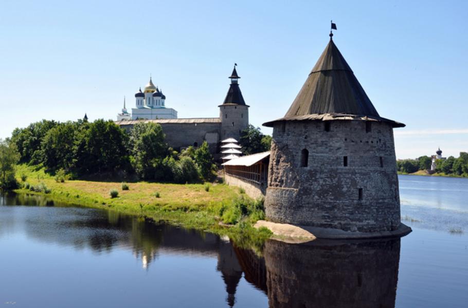 Псков и его исторические пригороды