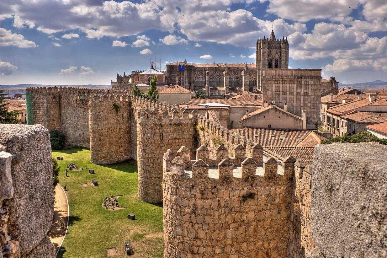 Путешествие из Мадрида в Авилу. Город рыцарей и святых