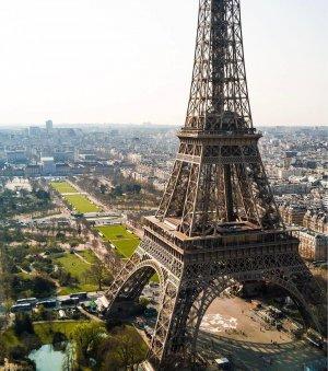 Эйфелева башня без очереди