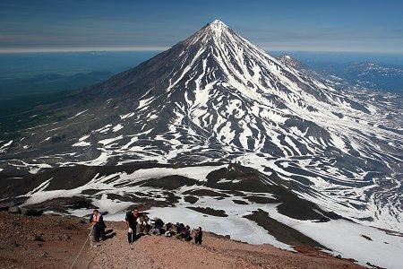 Джип-туры. Восхождения на вулканы, сплавы, морские прогулки с рыбалкой.
