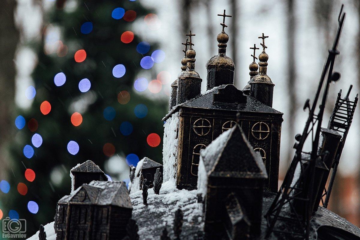 «Зимние чудеса» — новогодняя обзорная