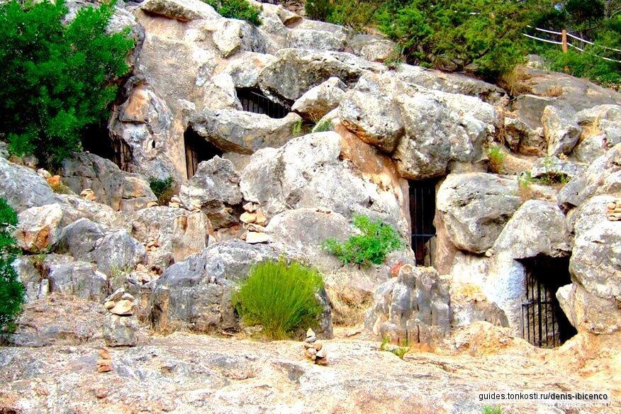 Пещеры острова Ибица