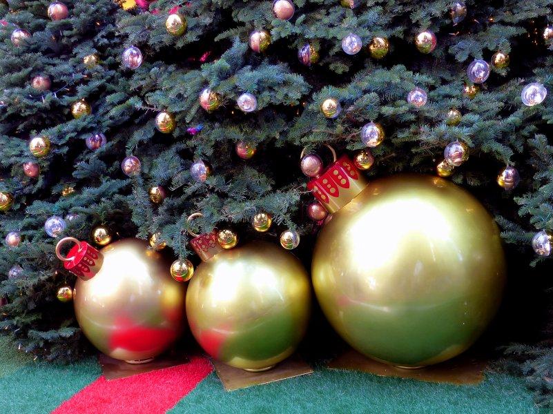 Путешествие в сказочный мир Рождественской елки