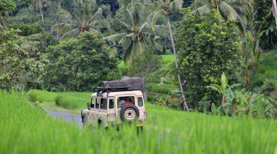 «Ленд-Ровер» сафари по Бали