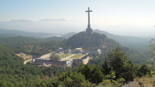 Эскориал и Долина Павших — еще одна страница истории Испании