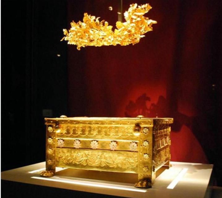 Царские гробницы в Вергине